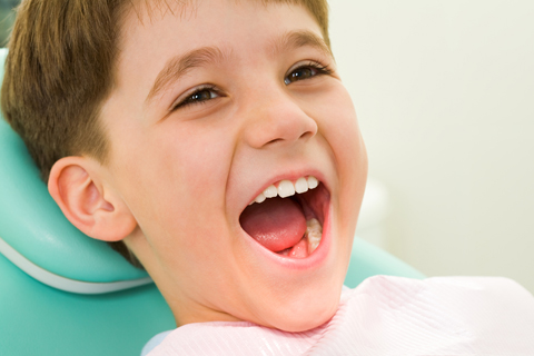 boy teeth exam